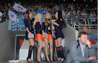 """Pre fanúšikov Tipsport extraligy je okrem bežného tipovania určená aj súťaž o hokejový zážitok s členkami Tipsport teamu v podobe novej súťaže """"Tip hokejová päťka"""""""
