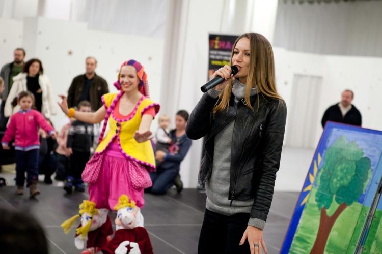 V rámci Dní Vianoc vINCHEBE uskutočnila 100. repríza úspešnej detskej pesničkovej show Divadla na kolesách Fíha tralala