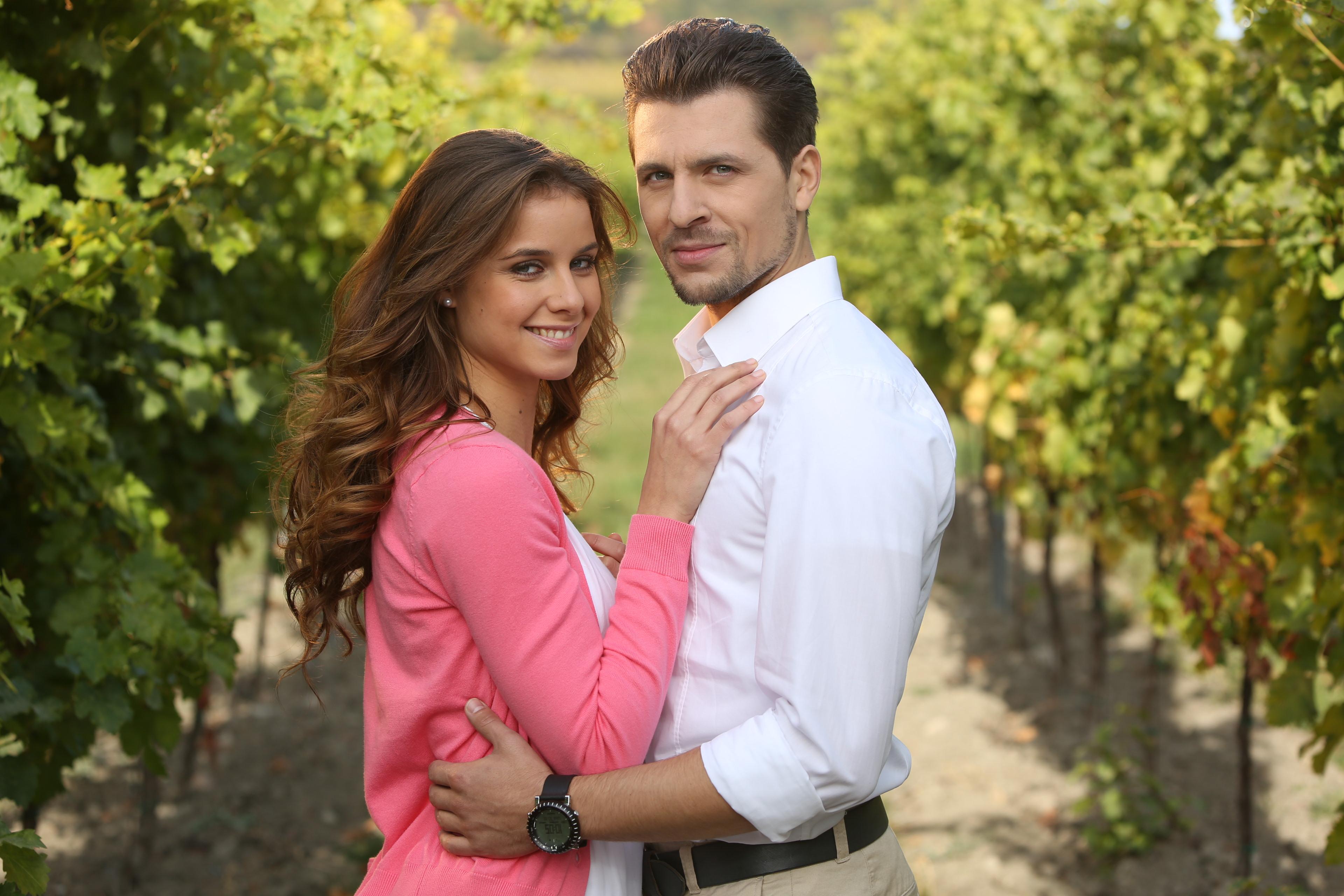 Burlive vino 22 online dating