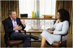 Vrozhovore, ktorý sa odohráva v Armstrongovom dome v texaskom Austine, preberá Oprah sLancom údajnú dopingovú aféru.
