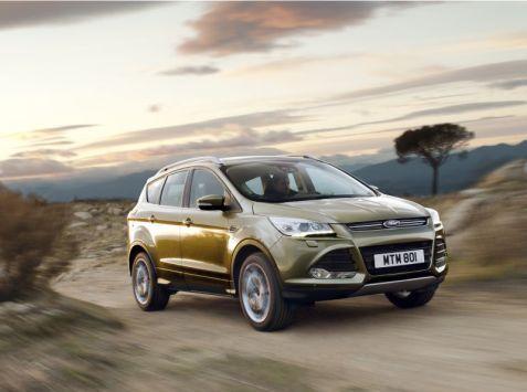 Ford očakáva, že európska produkcia vozidiel Kuga po prvýkrát dosiahne úroveň 100000 kusov ročne. Ford Kuga ponúka bezdotykové otváranie dverí batožinového priestoru pohybom nohy.