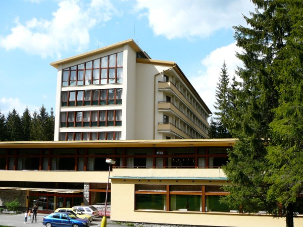 Po náročnom dni plnom zážitkov si oddýchnete v Hoteli ***SOREA SNP, ktorý sa nachádza priamo vsrdci Demänovskej doliny.
