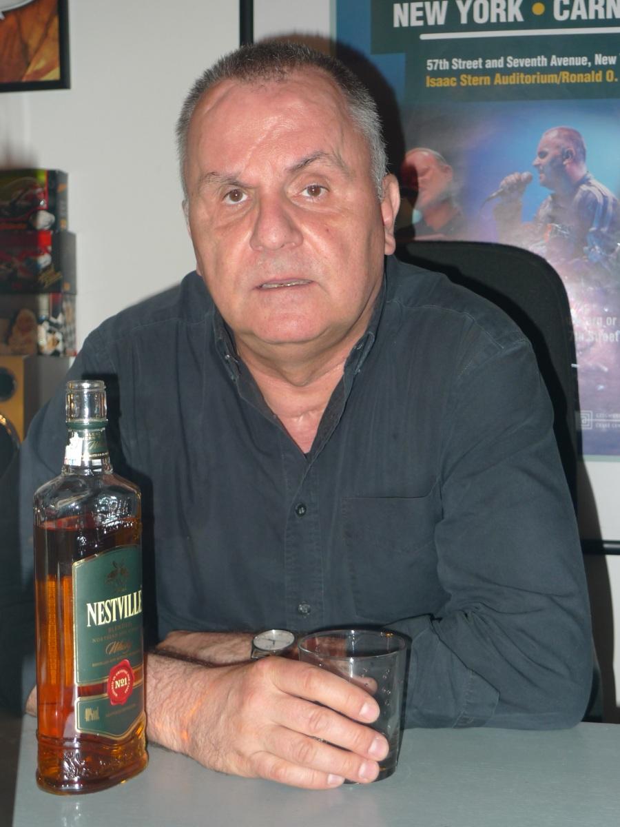 Jožo Ráž testoval Nestville whisky! A výrobcovi spadla sánka... (FOTO)