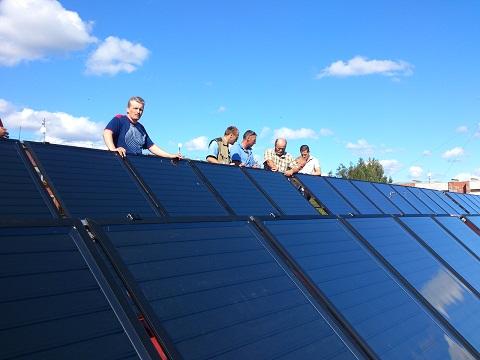 Podľa odhadu THERMO|SOLARU je vSR doteraz nainštalovaných necelých  150 000 m2 termických slnečných  kolektorov.