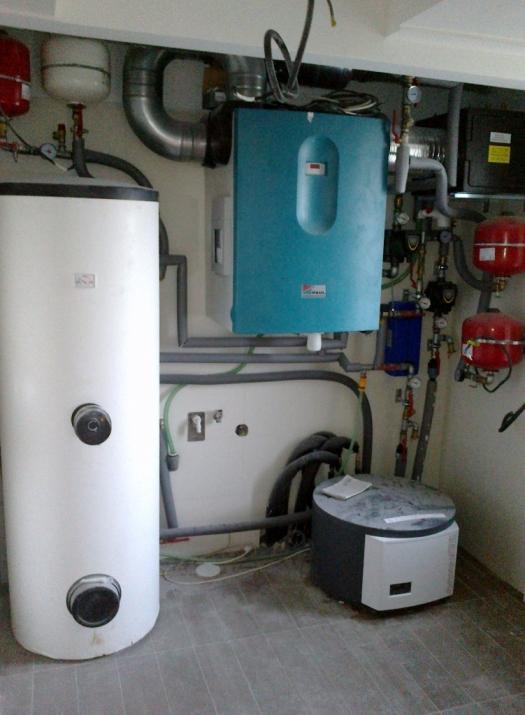 Vdomoch stavaných spoločnosťou  ForDom, s. r. o. Zvolen je príjemne. Umožňuje to systém núteného riadeného vetrania srekuperáciou, ktorý využíva princíp chladenia arozvodu vzduchu po celom dome.