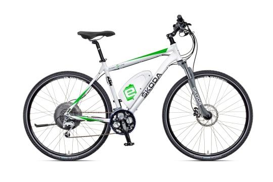 Dojazd bicykla ŠKODA Green E Line s podporou elektromotora je až 105 kilometrov. Li-Ion batériu je možné z elektrickej siete dobiť za 4 hodiny. O pohon sa stará elektromotor značky BionX, integrovaný do náboja zadného kolesa, ktorý ponúka výkon 250 wattov.