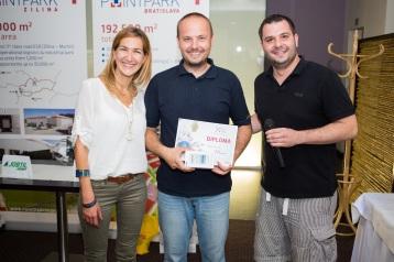 Zľava: Naďa Kováčiková, Leasing Manager, P3; Michal Bodocký, logistický manažér, GEFCO; Peter Jánoši, Head of Development, P3