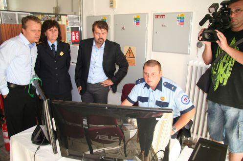 Ukážka práce a monitorovania vybraných lokalít v Rači okrskármi mestskej polície.