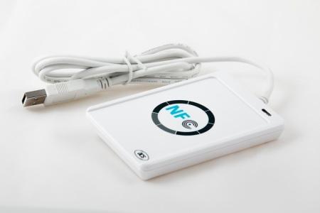 NFC technológia je fenoménom poslednej doby, jej podporu ponúka viac než 40 typov mobilných telefónov predávaných na slovenskom trhu.