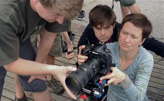 Digitálna zrkadlovka Nikon D4 je na mieste hlavnej kamery – tento snímok sa obišiel úplne bez použitia filmovej kamery a celý bol natočený na D4.