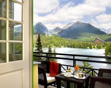 O obľúbenosti luxusného hotela na brehu Štrbského plesa svedčí aj fakt, že približne tretina hostí sa do hotela vracia opakovane.