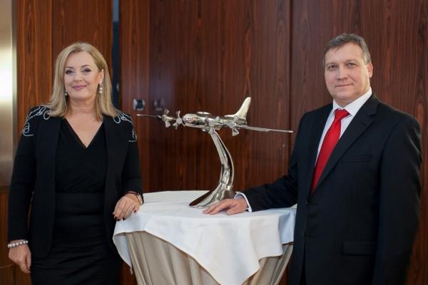 Dagmar Grossmann, zakladatelka asociace CEPA (Central Europe Private Aviation) a Philippe Liénard, současný předseda asociace CEPA.
