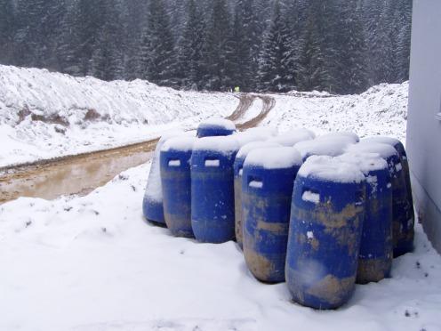 6 sedačková lanovka na Lúčkach prevážala 20,5 tony nákladu pozostávajúceho zo sudov s obsahom 150 litrov, ktoré boli plnené vodou.
