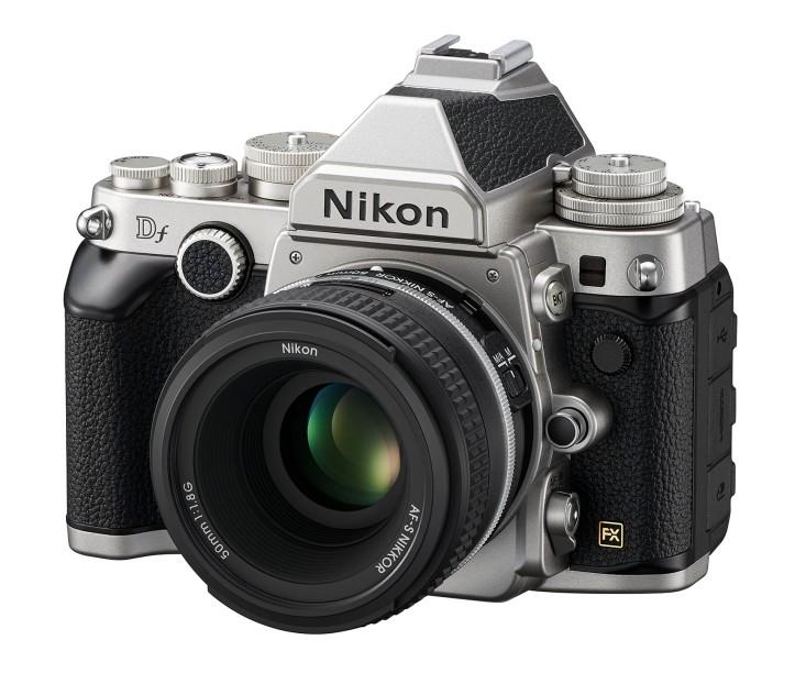 Fotoaparát Df sa pýši vzhľadom inšpirovaným ikonickými filmovými fotoaparátmi formátu 35mm atechnológiou znajnovších modelov.