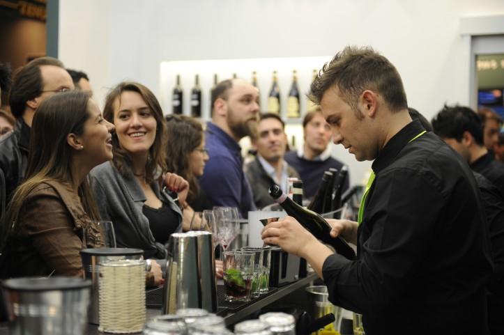 Jednou znajočakávanejších vinárskych svetových akcií je určite medzinárodný veľtrh Vinitaly, ktorý sa koná vtalianskej Verone. Foto: Ennevi-Veronafiere