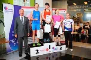 Víťazka ženského behu Silvia Petrjanošová, druhá Michaela Rusnáková (minuloročná víťazka) a tretia Zuzana Žuffová.