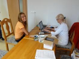 Viac o podmienkach darovania krvi povedala doktorka Nikola Baffy z Národnej transfúznej služby SR, pracovisko Trenčín.