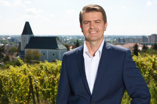 Peter Pilinský bude opäť kandidovať za starostu MČ Bratislava - Rača.