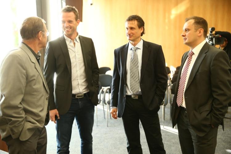 Tvárami EUHL: Európskej hokejovej univerzitnej ligy sú aj Ľubomír Sekeráš, Ján Filc či Richard Lintner.