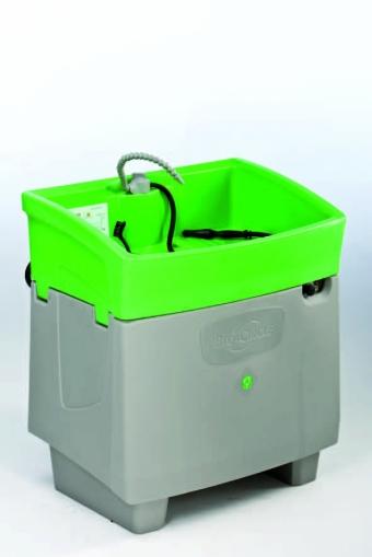 MEWA ponúka umývací stôl so všetkými servisnými výhodami: Servisný technik firmy MEWA vykonáva odbornú údržbu v dohodnutom intervale údržby.