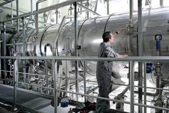 Textilný manažment MEWA: Systém opätovného využitia vyvinutý špeciálne pre vodu na oplachovanie a pranie filtruje vodu z hlavného prania, ktoré sa ešte dá zužitkovať. Po opätovnej úprave sa dá následne použiť na ďalšie pracie cykly.