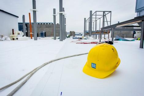 Realizačný proces na streche splochou do 6000 metrov štvorcových odštartoval ešte začiatkom leta.