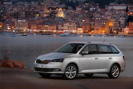 Slovenskí zákazníci získajú tretiu generáciu vozidiel ŠKODA Fabia Combi s novými benzínovými a dieselovými motormi, ktoré sú o 17 % úspornejšie a spĺňajú emisnú normu EU 6. K dispozícii je benzínový trojvalec 1,0 MPI s výkonom 55 kW (75 k), benzínový preplňovaný štvorvalec 1,2 TSI vo variantoch 66 kW (90 k) a 81 kW (110k) a dieselový trojvalec 1,4 TDI vo variantoch 66 kW (90 k) a 77 kW (105k).