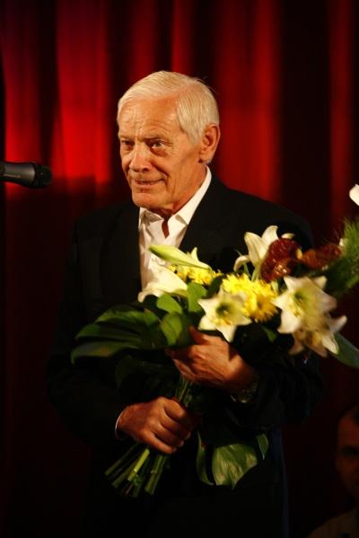Vedenie Tatra banky prijalo so zármutkom správu oúmrtí prvého generálneho riaditeľa Tatra banky Ing. Milana Vrškového.