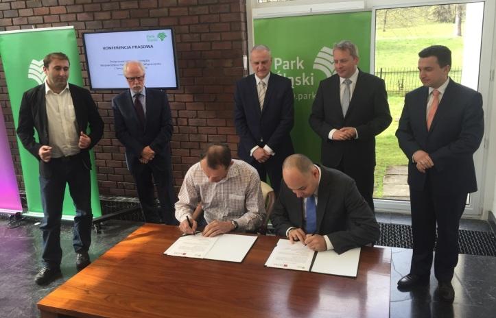 Predstavenstvo TMR sa dohodlo so spoločnosťou WPKiW S.A., vlastniacou Sliezsky zábavný park (Śląskie Wesołe Miasteczko) pri poľskom Chorzówe na vstupe TMR ako strategického investora do projektu modernizácie parku a14. apríla 2015 podpísalo spredstavenstvom spoločnosti WPKiW S.A., ktorá patrí pod sliezsku miestnu samosprávu záväznú dohodu.