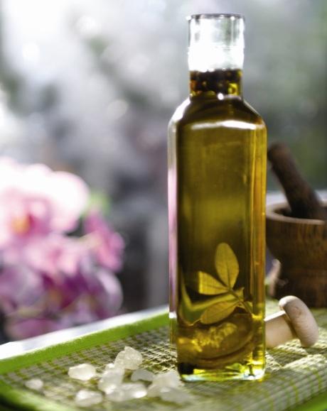 Chioskú mastichu Gréci použili aj na dochutenie olivového oleja. Foto: archív Asociácie pestovateľov mastichy
