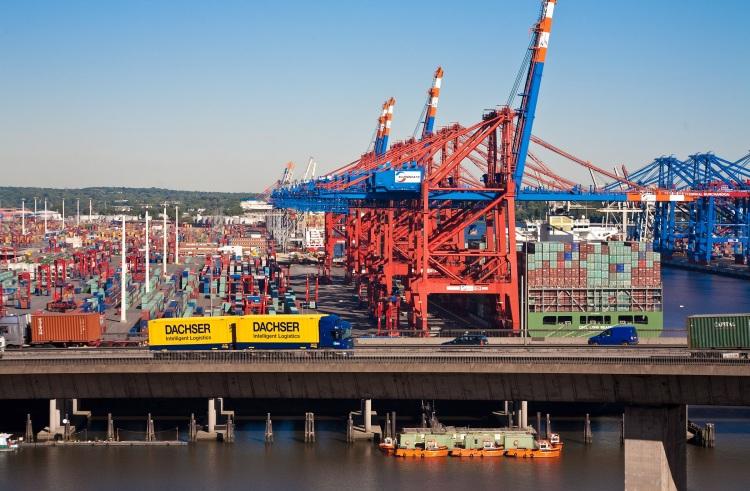 Dachser Slovakia umožňuje importérom z Číny objednávať tovar v menších množstvách prostredníctvom zberných kontajnerov. Možnosť objednávať si tovar len po paletách namiesto celých kontajnerov prináša dovozcom väčšiu flexibilitu a menšie finančné náklady