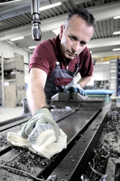 MEWATEX PLUS: V priemysle, tlačiarňach, autoservisoch a remeselných dielňach sa vďaka nim udržiavajú nástroje, stroje a výrobné zariadenia čisté.