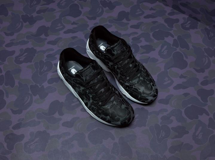 Značka BAPE® určuje módní trendy a styl hudebníků i umělců po celém světě již od roku 1993. Boty Trinomic R698 mají vnové kolekci černý kamuflážový design.