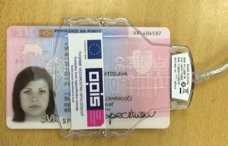 Pre chybu čipov v elektronických občianskych preukazoch vám vedia ukradnúťpodpis