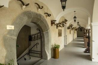 Zámok Vígľaš ponúka aj zaujímavé vonkajšie priestory pre rôzne podujatia.