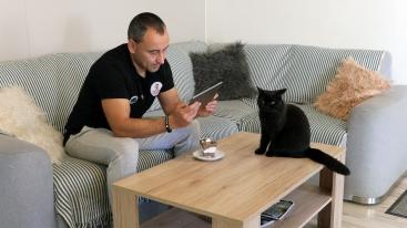 O post primátorky Popradu sa uchádza aj mačka