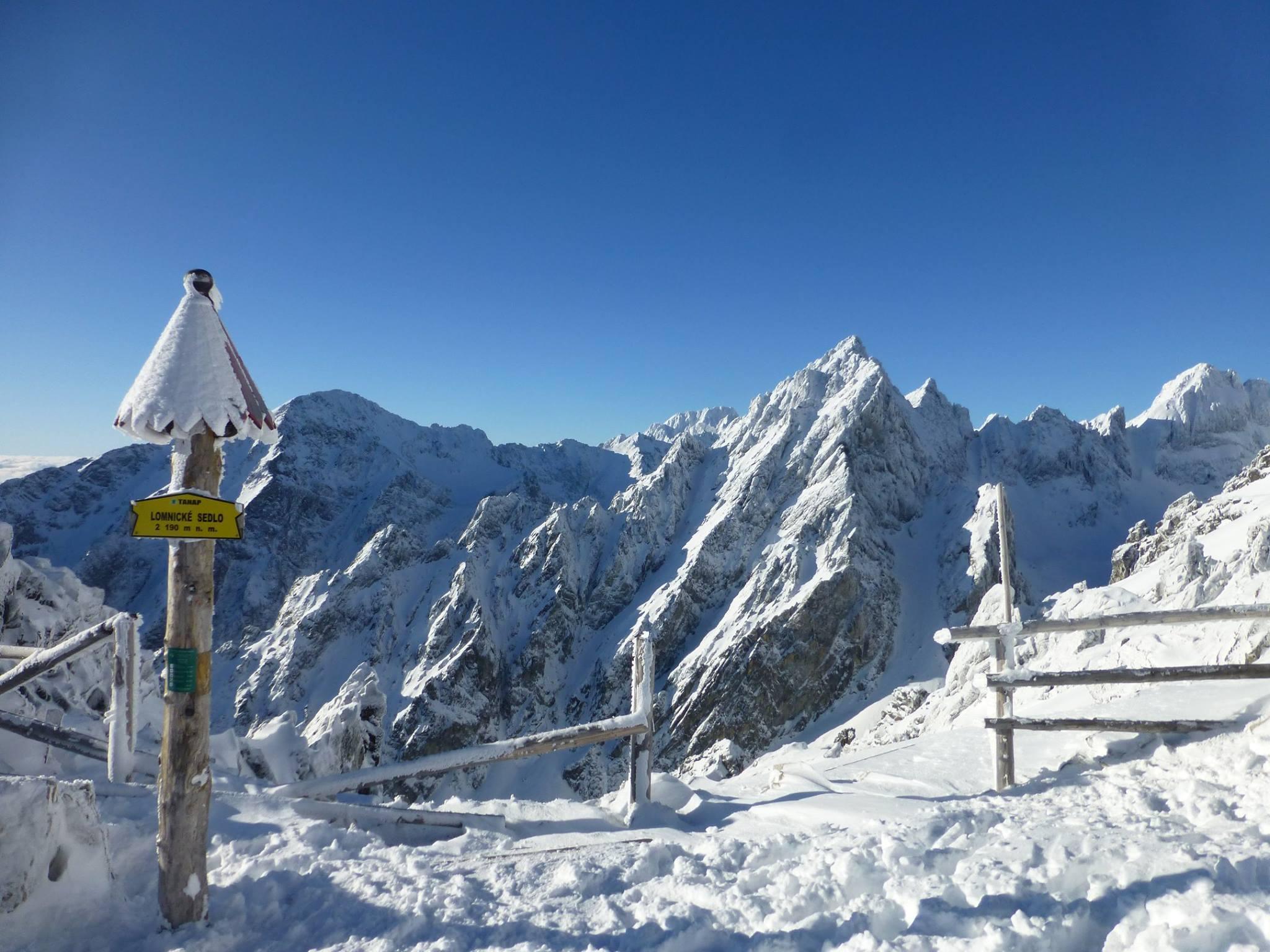 Lomnické sedlo hlási 150 cm snehu ef2957051e4