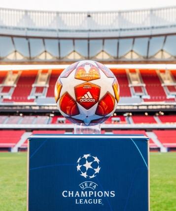 Spoločnosť adidas predstavila oficiálnu loptu, s ktorou sa budú hrať zápasy vyraďovacej fázy Ligy majstrov 2018/2019 vrátane finále v Madride.